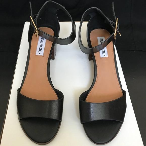 1b9c82363d3 Steve Madden low heel sandals